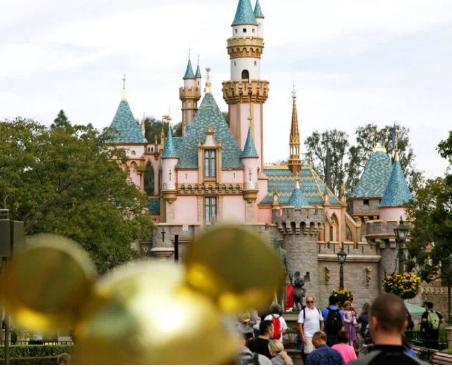 新的迪斯尼乐园景点将有Mary Poppins Wakanda