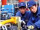 接触不同的职业道路可以帮助填补劳动力市场的技能缺口