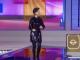 有网友在社交平台上曝光了知名主持人杨澜录制节目时的一段视频